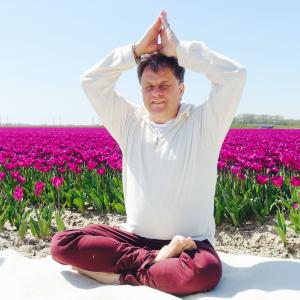 schouder yoga in Deventer en omgeving