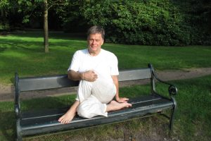 bureau yoga voor ontspanning tijdens je werk