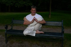 yoga grenzen, ook bij de stoelyoga