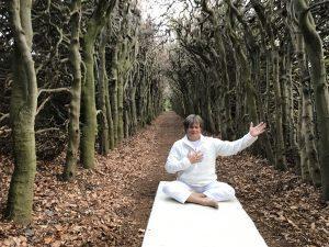 yogalessen om je hart te openen