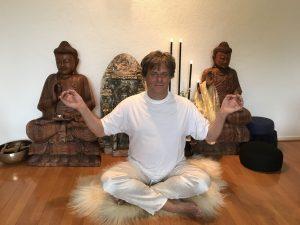 Yoga meditatie houdingen, kleermakerszit