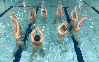 blootwateryoga in het Borgelerbad in Deventer