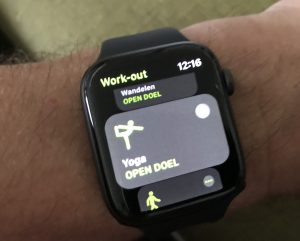 iwatch yoga app