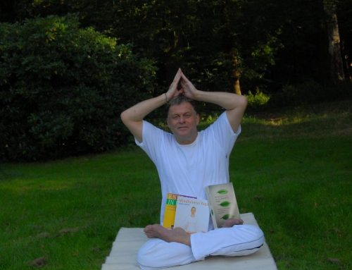 Yoga lotushouding, je zit recht